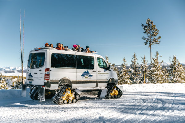 yellowstone old faithful snowcoach tours